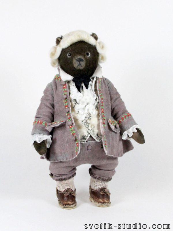 Teddy bear Amadeus and dog Alf